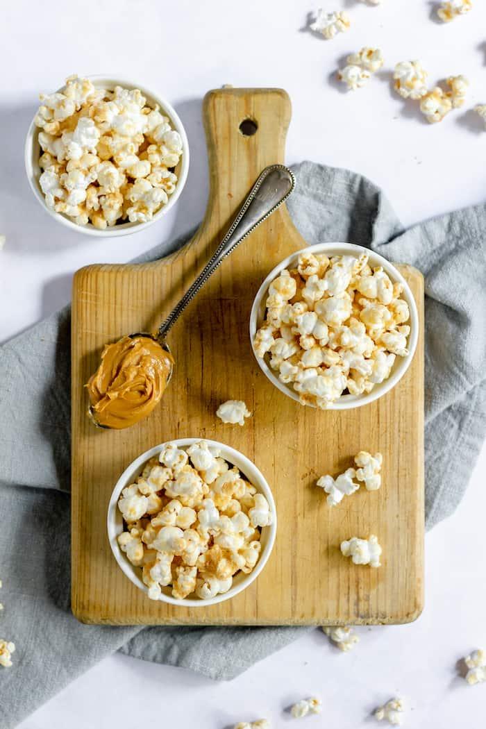 recipe for peanut butter popcorn - perfect for a fun dessert!