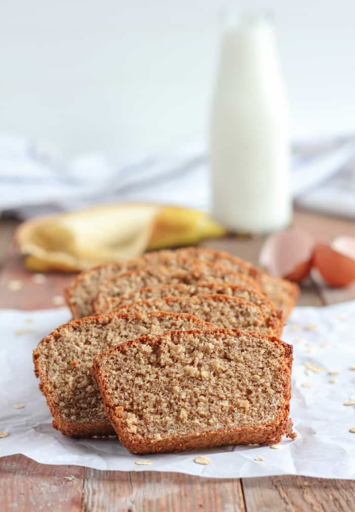 Looking for a tasty treat? This flourless oatmeal banana bread is easy to make, and so packed with flavor!