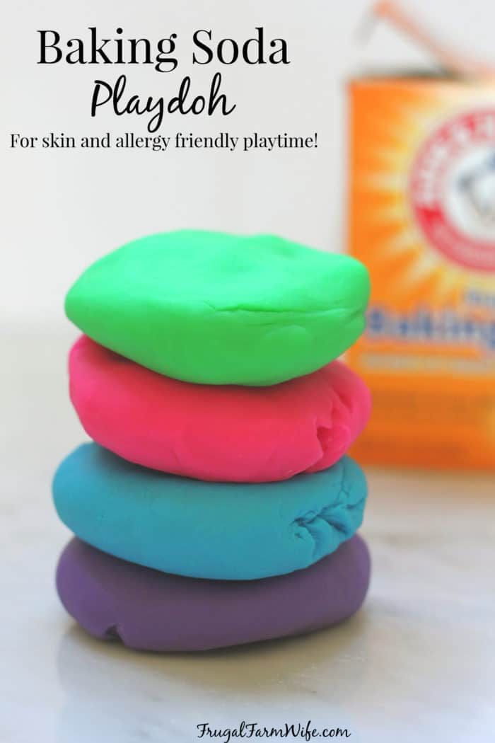 An easy allergy-friendly baking soda playdoh recipe to make with your kids!