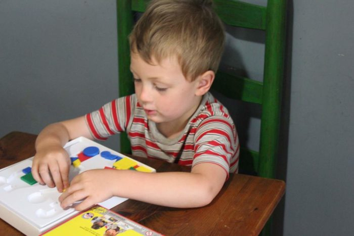 pre-schooler playing mighty minds