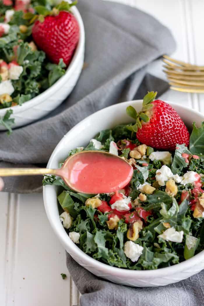 homemade strawberry vinaigrette salad dressing
