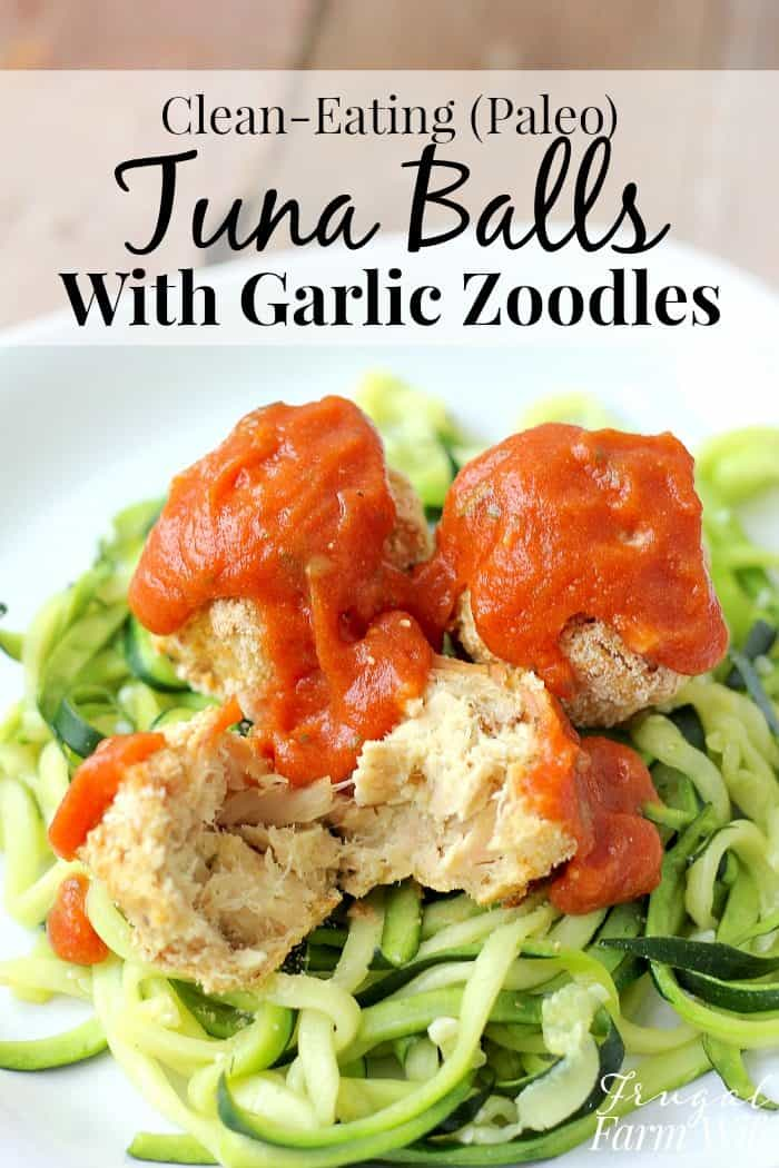 These gluten-free (paleo) tuna balls with garlic zoodles are so easy and delicious!
