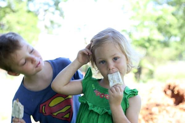 kids eating breakfast popsicles