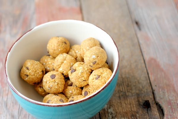 pumpkin chocolate chip energy bites