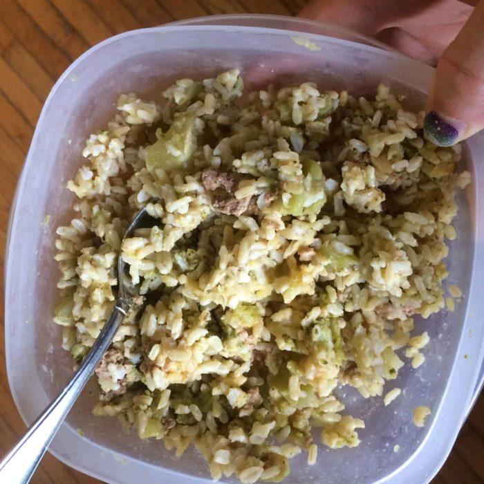 cheesy chicken-rice casserole