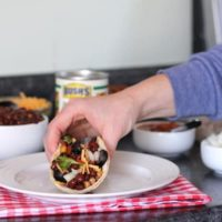 5-Minute Black Bean Tacos