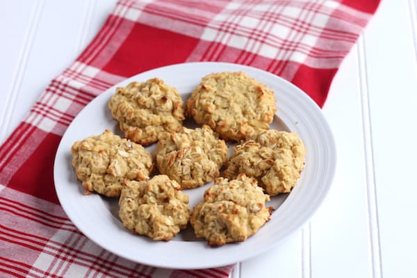 These coconut flour cookies are easy to make and delicious!