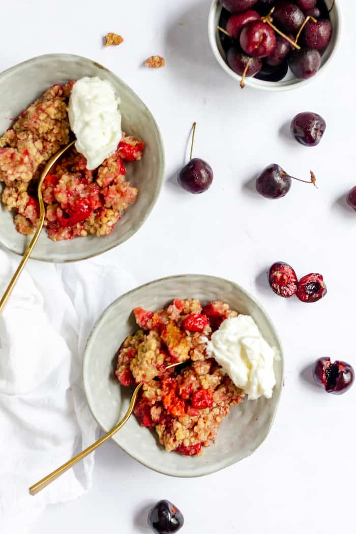 Easy cherry crumble recipe with gluten-free options