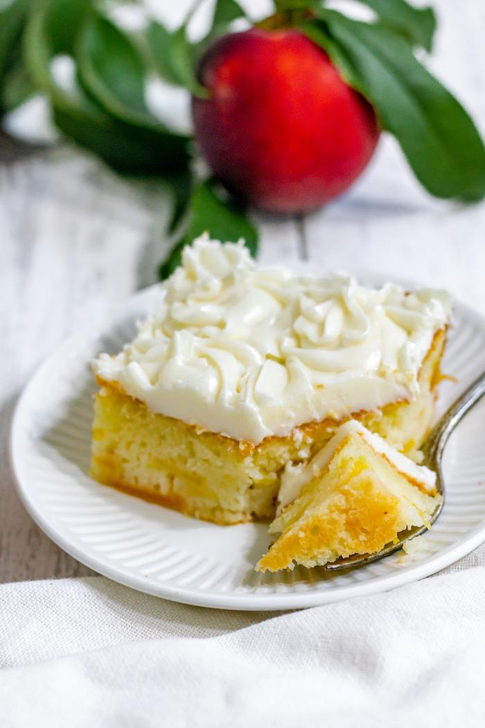 gluten-free peach cake recipe - summer dessert perfection!